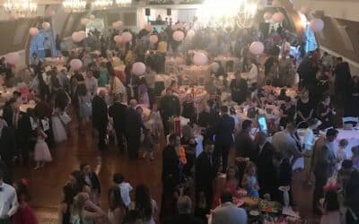 Hundreds Attend 3rd Annual Daddy Daughter Dance